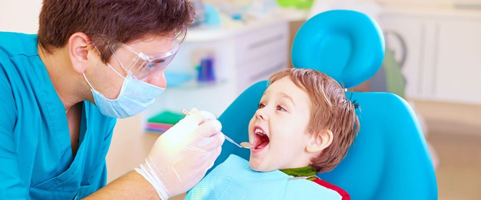 child-dentist-960x400